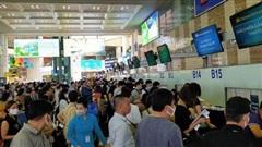 Bộ trưởng mong khách bị ảnh hưởng do sửa đường băng Nội Bài, Tân Sơn Nhất thông cảm
