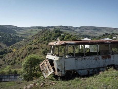 Armenia và Azerbaijan ngừng giao tranh tại khu vực biên giới