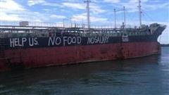 Cập nhật thông tin bảo hộ 12 thuyền viên Việt Nam mắc kẹt ngoài khơi Malaysia