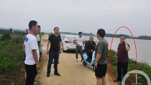 Quan chức Trung Quốc tử vong trên đê ngăn lũ sau 30 ngày làm việc