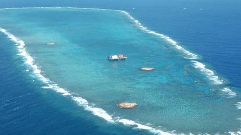 Nhật Bản tố tàu khảo sát Trung Quốc 'ở lì' trong EEZ mình