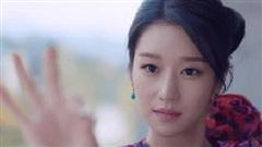 Đối lập cả dàn sao Vbiz với bộ nail vuốt sắc nhọn, Seo Ye Ji trong 'Điên Thì Có Sao' sang chảnh ngút ngàn là thế mà chỉ mê bộ móng đơn giản tự sơn cũng được