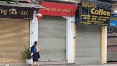 Phố cổ Hà Nội: Hàng loạt cửa hàng đóng cửa vì vắng khách