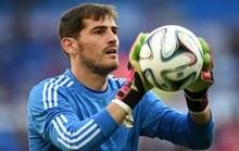 'Thánh Iker' Casillas tái xuất Bernabeu sau đột quỵ