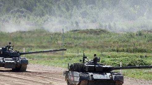 Có điều gì đó sai sai với xe tăng T-80BVM Nga: Sao nó không giống như người ta tưởng?