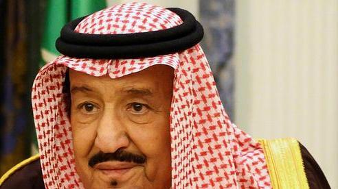 Nhà vua Arab Saudi nhập viện