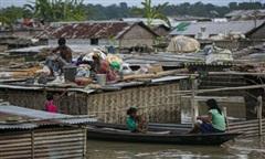Gần 190 người chết vì lũ lụt ở Ấn Độ và Nepal