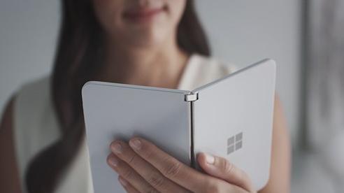 Surface Duo sẽ có khả năng chụp ảnh selfie thiếu sáng ấn tượng