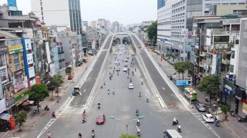 Cận cảnh đường trên cao nghìn tỷ ở Hà Nội trước ngày thông xe, con đường đau khổ' ngày nào giờ sang xịn mịn đến bất ngờ
