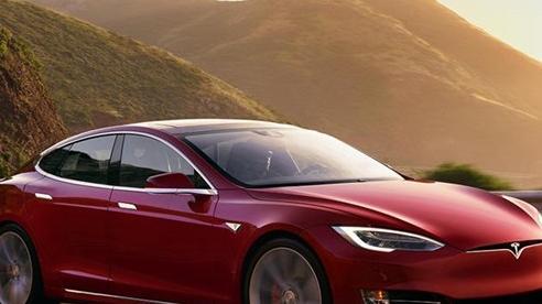 Giới chuyên gia khẳng định CEO Elon Musk ảo tưởng khi cho rằng Tesla sắp hoàn chỉnh xe tự lái