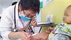 Bệnh tay chân miệng gia tăng trái mùa