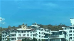 Vì sao loạt biệt thự phá nát quy hoạch ở Nha Trang vẫn ung dung tồn tại?
