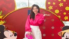 Ninh Dương Lan Ngọc diện style 'quý cô công sở'