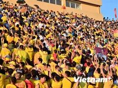 Nam Định có điểm trước Bình Dương, tiếp tục cuộc đua trụ hạng