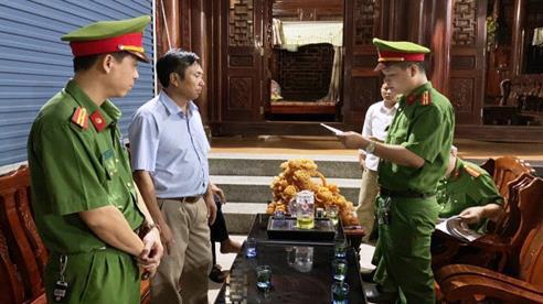 Nghệ An: Bắt một Giám đốc doanh nghiệp liên quan đến đề án dân tộc Ơ Đu