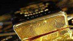 Giá vàng bất ngờ lao dốc mạnh, rời xa mốc 56 triệu đồng/lượng