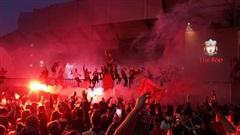 Bắt 9 cổ động viên Liverpool quá khích tại sân Anfield