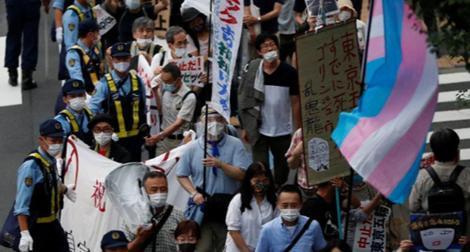 Bất chấp số ca COVID-19 tăng, người dân Tokyo vẫn đi biểu tình vì Olympic
