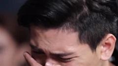 Nước mắt người chồng đẹp như 'cực phẩm' trước phiên tòa ly hôn