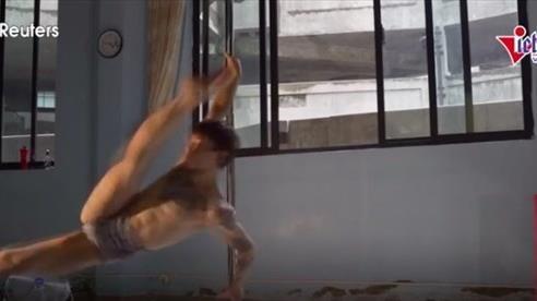 Bí quyết thành công của nam vũ công múa cột đẹp nhất thế giới