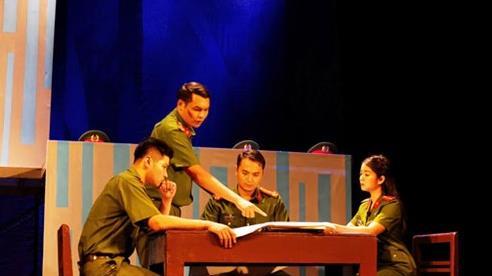 Sân khấu về hình tượng người chiến sĩ Công an nhân dân: Để vở diễn đi vào đời sống