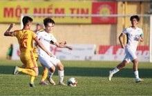 Cầu thủ các đội V-League được về nhà nghỉ ngơi trong thời điểm tránh dịch Covid-19