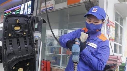 Giá xăng tiếp tục có thể 'đứng im' vào ngày mai (28/7)