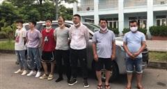 Ngăn chặn hai ô tô chở 10 người Trung Quốc nhập cảnh trái phép