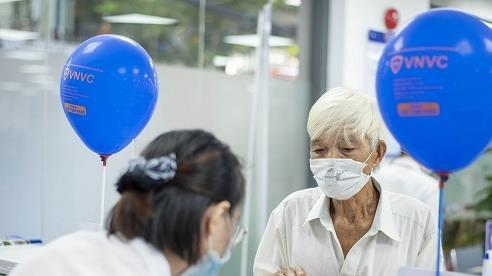 VNVC kịp thời phục vụ người dân Huế tiêm chủng trước giờ cách ly Đà Nẵng