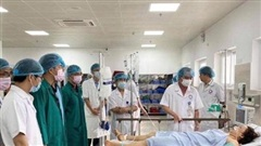 Phối hợp cứu chữa bệnh nhân nguy kịch trong tai nạn tại Quảng Bình