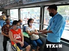 Dịch COVID-19: Tất cả xe buýt tại Hà Nội phải vệ sinh khử khuẩn