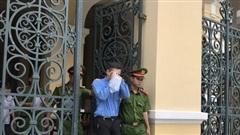TP HCM: Việt kiều lãnh án chung thân vì gửi bì thư giá 8,2 triệu đồng