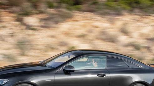 Mercedes-Benz dừng sản xuất hàng loạt dòng xe gầm thấp bán chậm