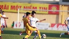 VFF họp khẩn khi 4 đội bóng cuối bảng yêu cầu 'kết thúc luôn' V-League