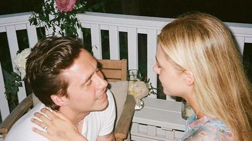Cậu cả nhà Beckham công bố loạt ảnh đính hôn tình tứ với bạn gái hơn tuổi Nicola Peltz