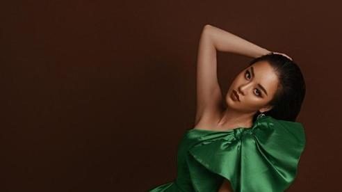 Hoàng Hải Thu tái xuất thời trang với bộ ảnh đẹp như nữ thần