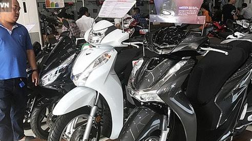 Giảm sập sàn, bán dưới giá niêm yết, nhiều mẫu xe máy 'quốc dân' vẫn ế chỏng chơ