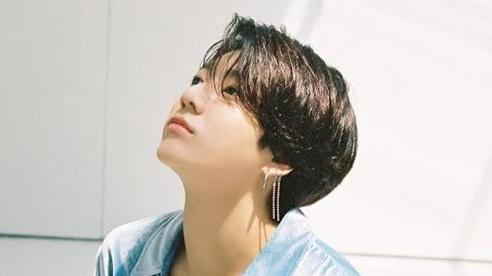 Fan lung lay trước lyrics bản cover từ Jungkook: 'Khi nghĩ về những điều vĩnh cửu, hình bóng anh sẽ xuất hiện trong tâm trí em chứ?'