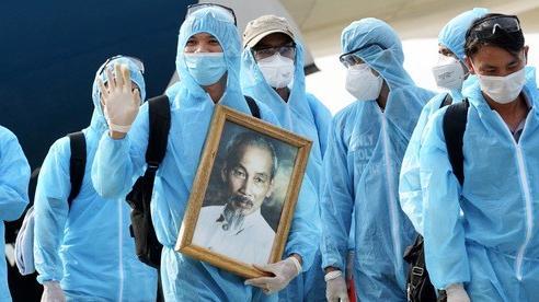 Cận cảnh công nhân từ Guinea Xích đạo về với đất Việt