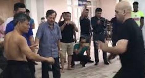 Võ sư bị nhóm thanh niên đánh nhập viện