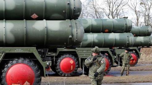 Nguyên do Nga-Trung có thể gián đoạn bàn giao vũ khí khủng?