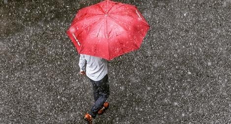 Bắc Bộ mưa giông, Trung Bộ giảm nhiệt nắng nóng