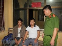 Ba kẻ đổ dầu thải vào nguồn nước sông Đà lĩnh hơn 12 năm tù giam