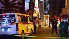 Hiện trường vụ sập thang treo lắp kính kinh hoàng ở Hà Nội, 4 người rơi xuống đất đều đã tử vong