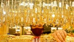 Giá vàng tiếp tục hướng tới đỉnh mới