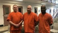 'Hành động đẹp' của ba tù nhân cứu quản giáo khỏi cơn đau tim bất ngờ