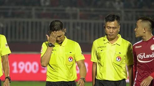V-League nghỉ vì Covid-19, Ban trọng tài VFF hãy tự kiểm điểm