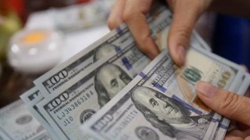 Tỷ giá ngoại tệ ngày 1/8: USD chốt lại 1 tháng tồi tệ