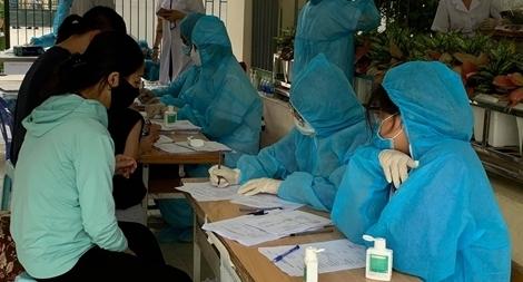 Hà Nội đề nghị cấp thêm test nhanh để sàng lọc người về từ Đà Nẵng