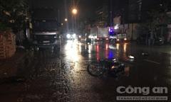 Đi nhậu về tông đuôi xe tải, 1 người chết, 1 người bị thương
